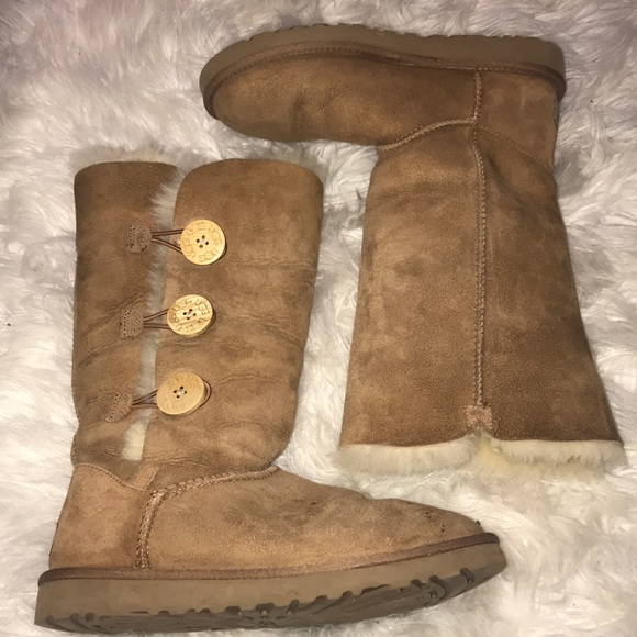 bf300866bbb Three button chestnut brown Uggs